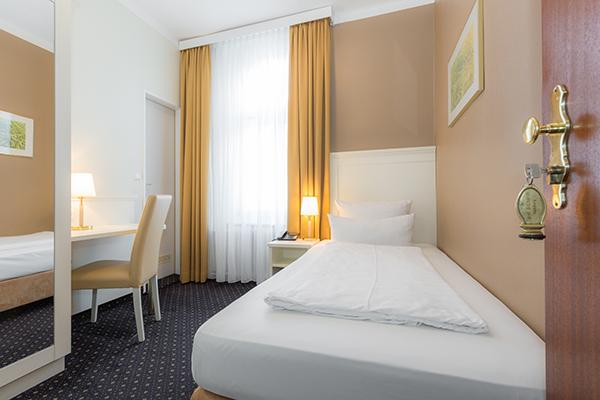 Hotel Furst Bismarck In Hamburg