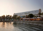 Amathus Beach Hotel *****